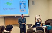 Edgar Moctezuma at SACNAS UMD Chapter presentation