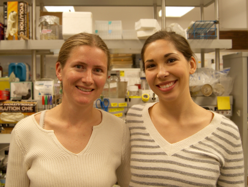 Postdoc Rebecca Bart works closely with undergrad Annalise Petriello in the Staskawicz Lab